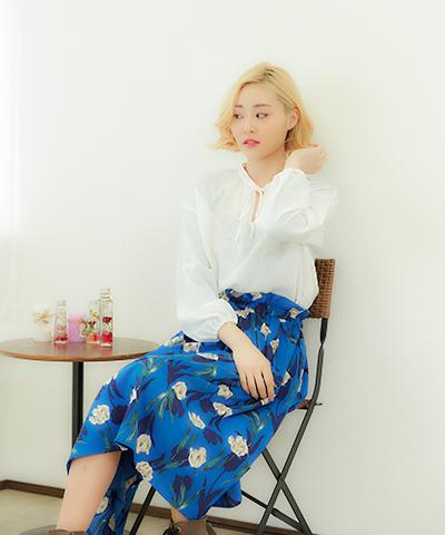 フェミニンなボブスタイルは韓流風のハイトーンカラーで注目度アップ